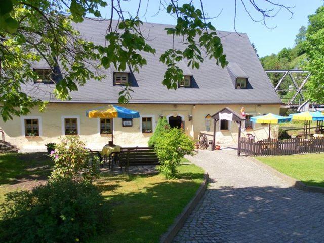 Café & Pension Hüttenmühle