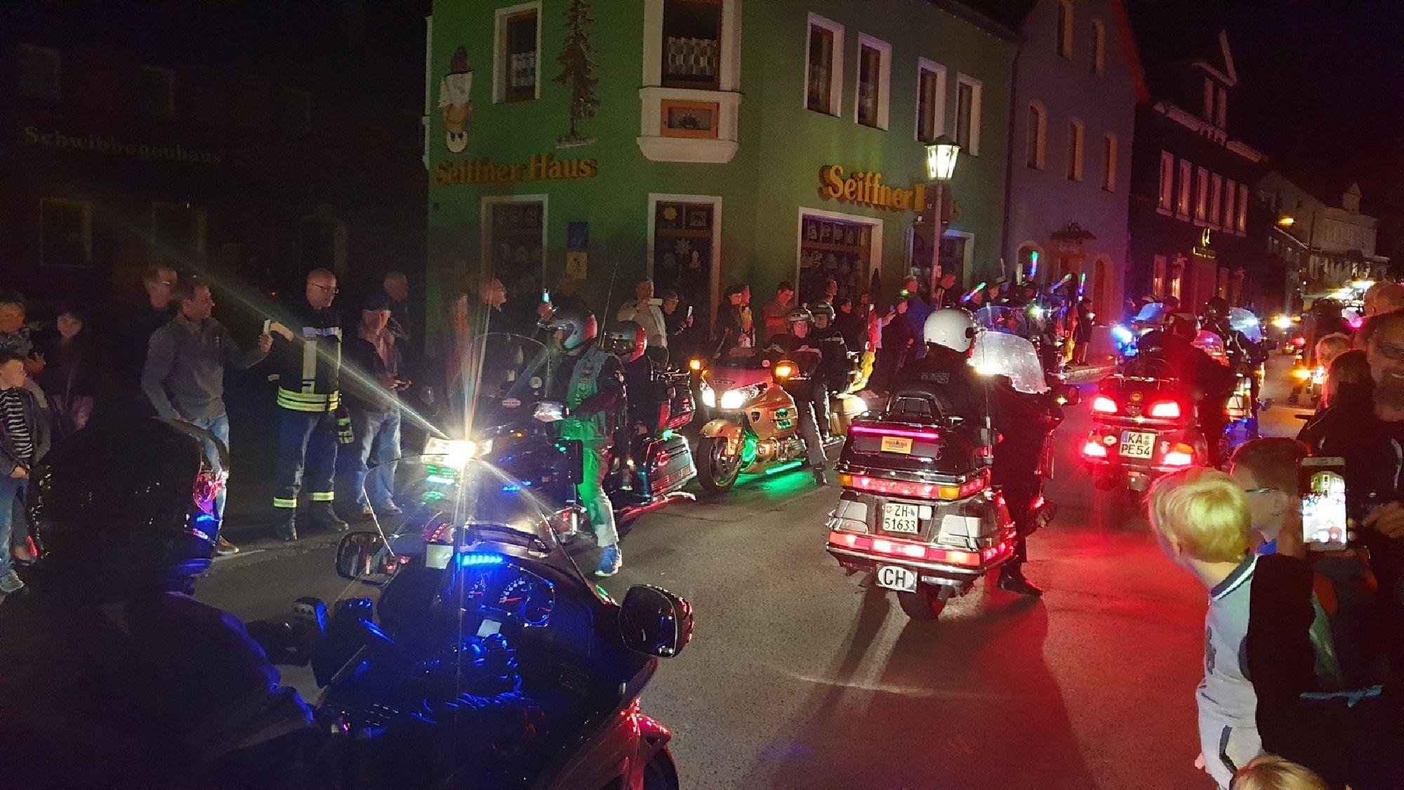 Aufstellung zur Lichterparade